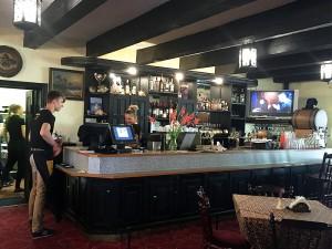 Бар и зал ресторана «Нерия» - 3